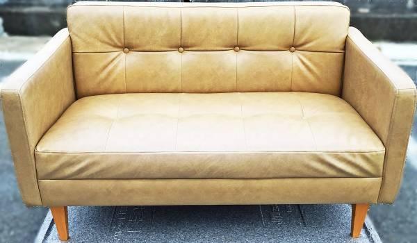 MOMO naturalの2人掛けソファー